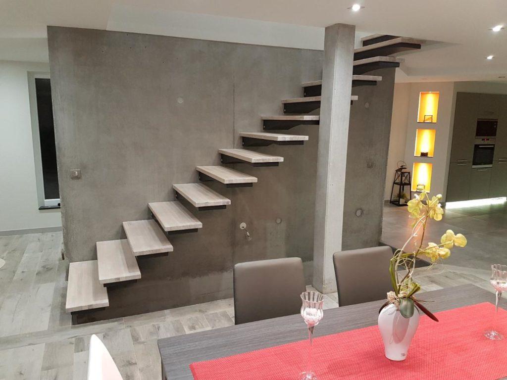 escalier métal design autoporteur