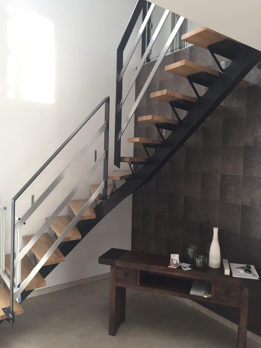 escalier m tallique limon central m tallerie bas rhin. Black Bedroom Furniture Sets. Home Design Ideas