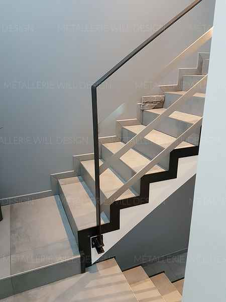 garde corps sur escalier b ton m tallerie bas rhin. Black Bedroom Furniture Sets. Home Design Ideas